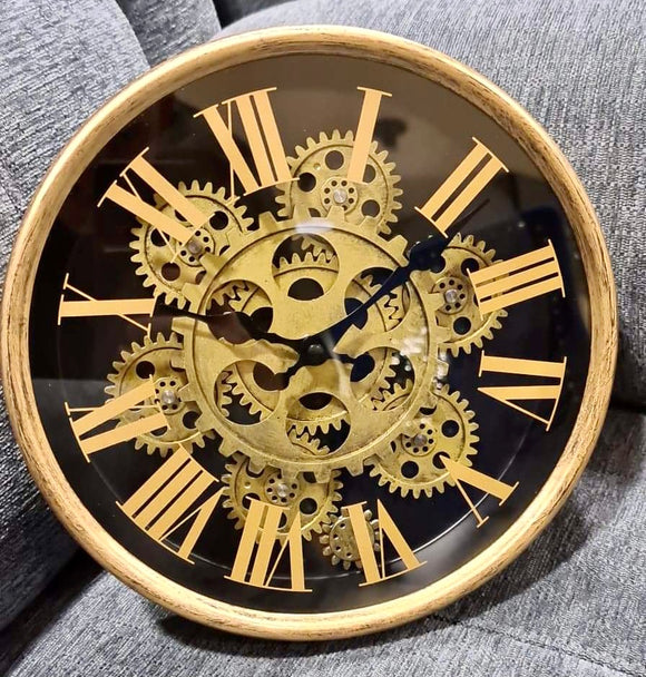 SMALL ROUND CIRCLE GOLD MOVING GEARS CLOCK WITH ROMAN NUMERALS