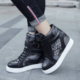 Camouflage Rivet Casual PU High-top Sneakers