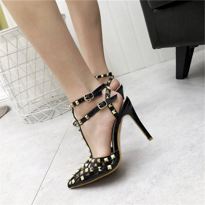 Pointed Toe Strappy Buckle Stiletto Heel Low-Cut Upper Rivet Sandals