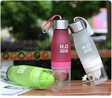 Load image into Gallery viewer, Infuser Water Bottle with fruit press / 650ml Portable / Ideal for sport or work