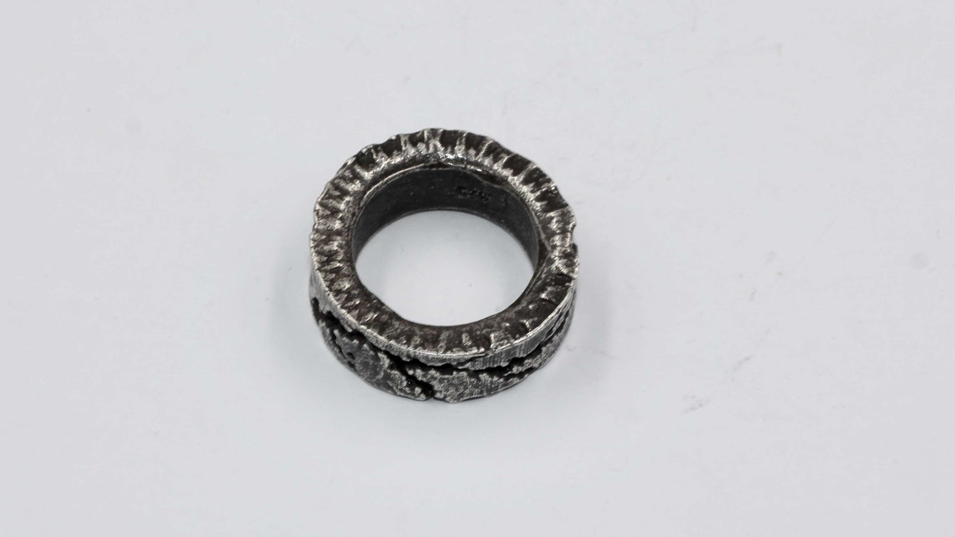 Empress47 Carvedrock Ring JZ024