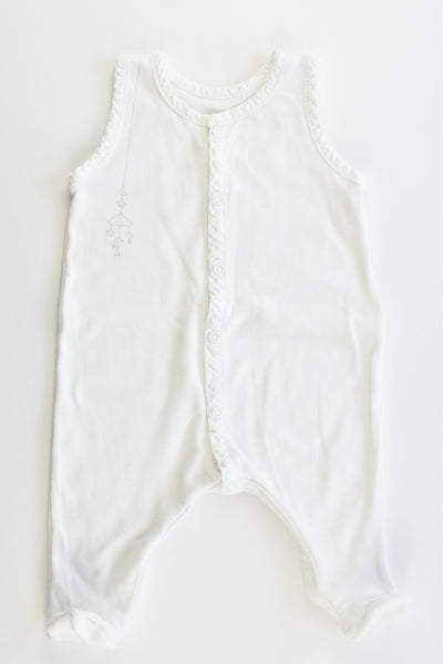 Brand Unknown (France) Size 0000-000 (1 months, 54 cm) Footed Overalls