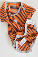 Child Of Mine by Carter's Size 000 (0-3 months) Trophy Bodysuit
