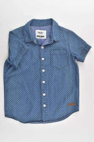 Mossimo Size 4 Casual Collared Lightweight Denim Shirt