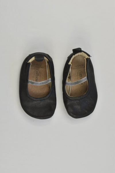 Old Soles Size 6-9 months Leather Slippers