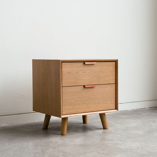 Elio - Oak Nightstand