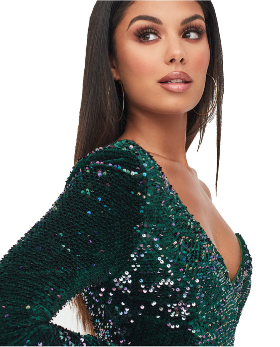 LAVISH ALICE VELVET SEQUIN ONE SHOULDER  EMERALD DRESS