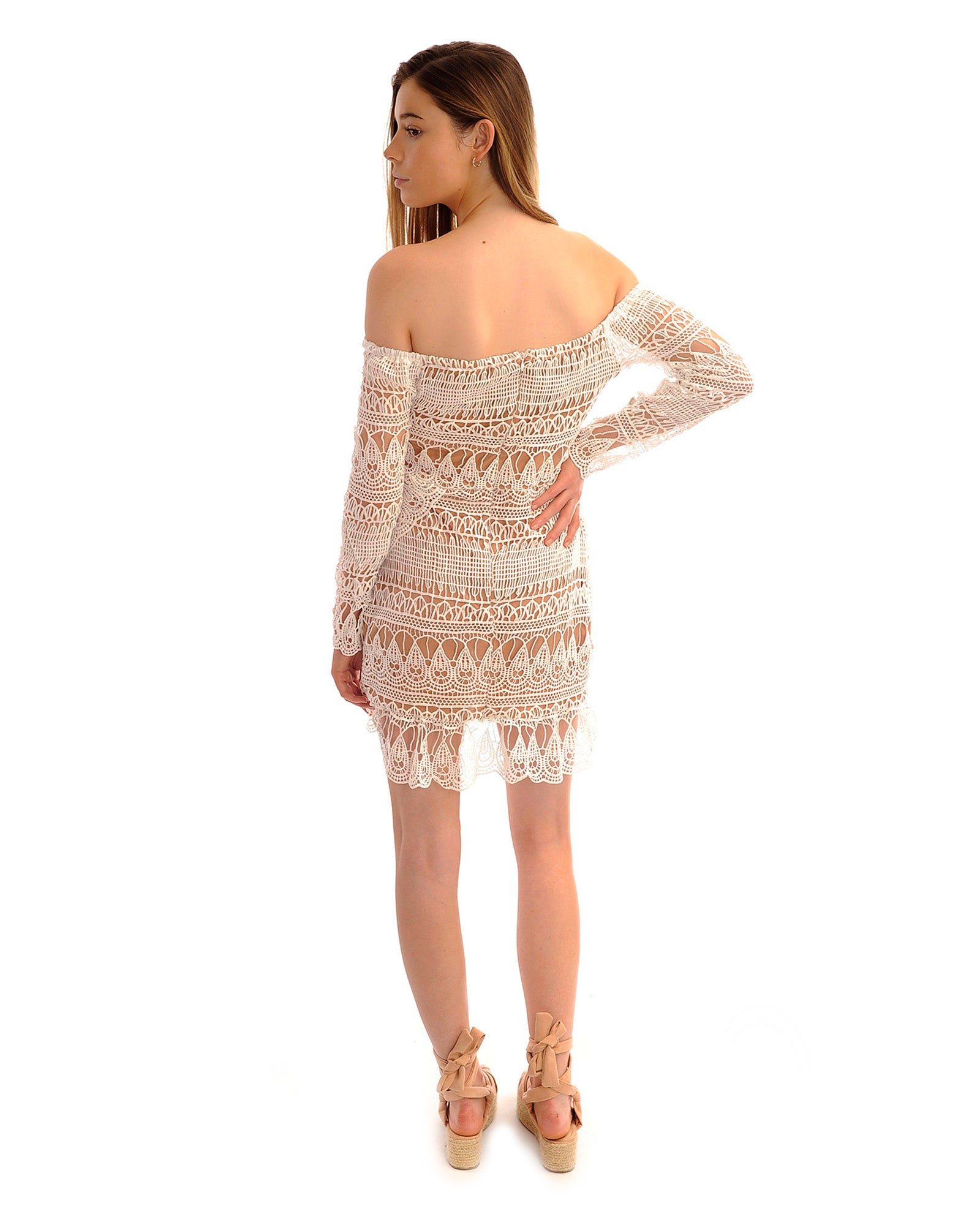Rent a dress | Missguided white bardot lace dress | Hirestreetuk.com