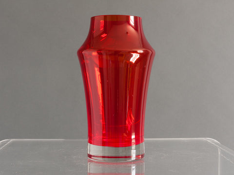 RIIHIMAKI RED GLASS VASE BY TAMARA ALADIN