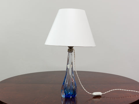1950'S BLUE VAL ST LAMBERT CRYSTAL LAMP BASE INCLUDING SHADE