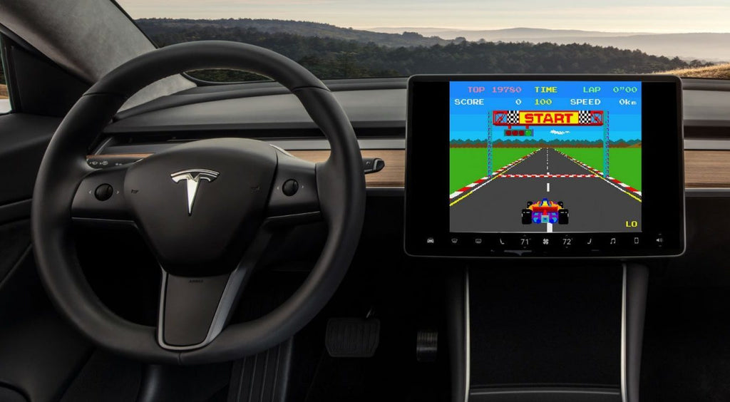 Fortnite and others games may soon be installed on Tesla, said Elon Musk