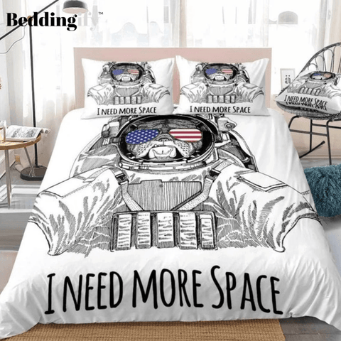 Image of Bulldog Wearing Space Suit Bedding Set - Beddingify