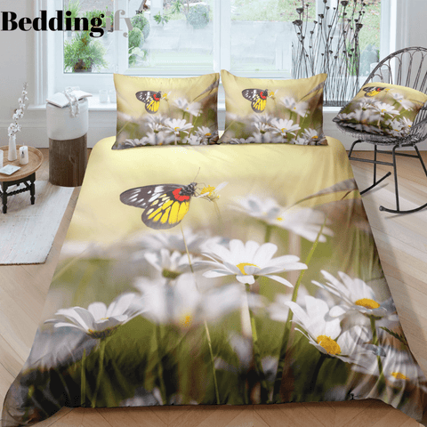Image of Flowers and Butterflies Bedding Set - Beddingify