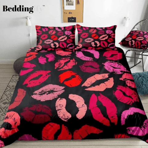 Image of Red Pink Lips Kisses Bedding Set - Beddingify