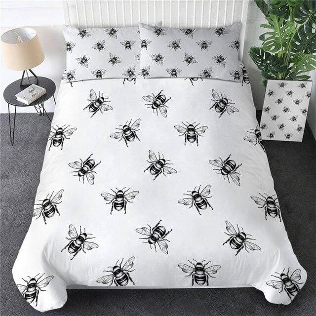 Honey Bee Golden Luxury Bedding Set - Beddingify