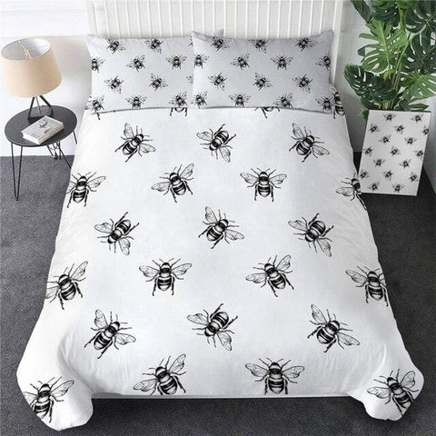 Image of Honey Bee Golden Luxury Bedding Set - Beddingify