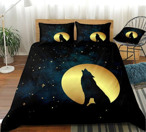 Howling Wolf in Golden Moon Stars Bedding Set - Beddingify