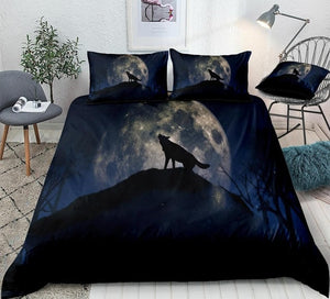 Howling Wolf in Night Moon Bedding Set - Beddingify