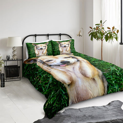 Dog On Grass Bedding Set - Beddingify
