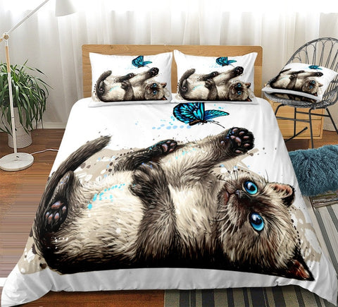 Image of Cat Plays With Butterfly Bedding set - Beddingify