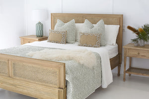 Queen Size Hamilton Cane Bed - Weathered Oak