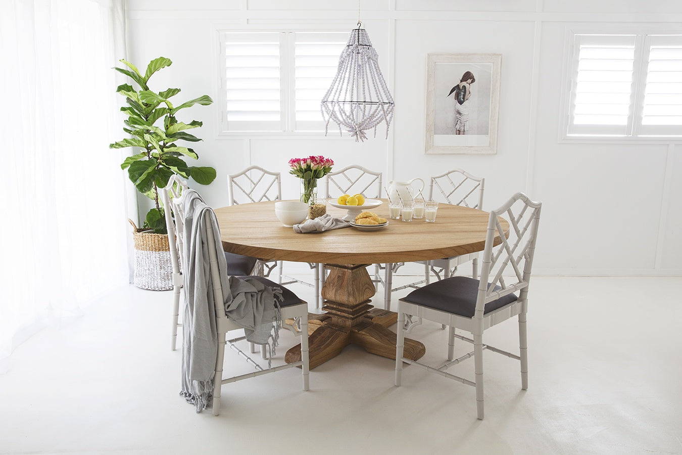 Newport Round Pedestal Dining Table 1 8m 8 10 Seater Cosy Cribs