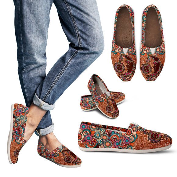 Maroon Sun And Moon Mandala Women's Casual Shoes