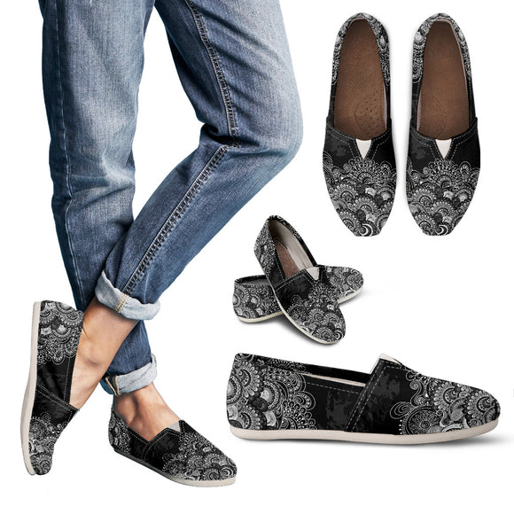 Black & White Paisley Mandala Women's Casual Shoes