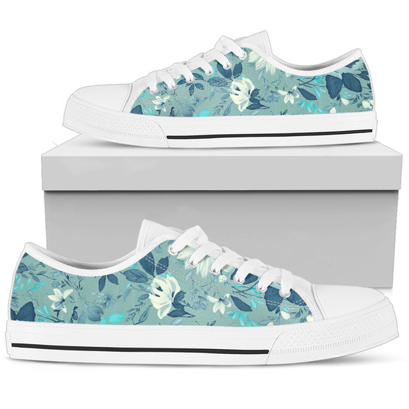 Beautiful Blue Flowers Low Top Shoes