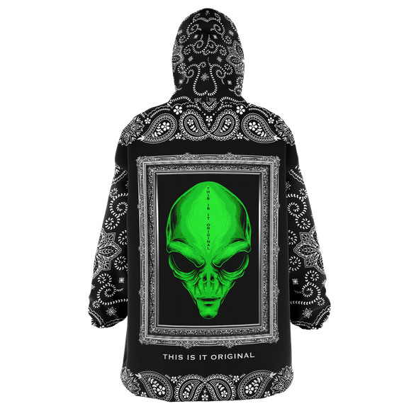 Beautiful Alien in Silver Frame Design with Black Paisley Bandana Sleeve Style XXL Oversized Snug Hoodie
