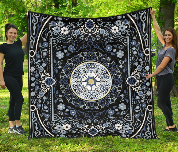 Luxury Persian Carpet Style in Deep Dark Blue Premium Quilt