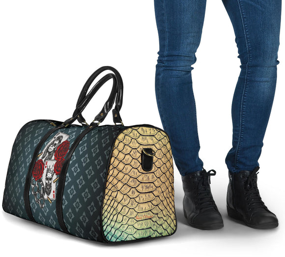 Luxury Metallic Snake Skin Design King With Queen Card With Roses And Monogram Style Travel Bag