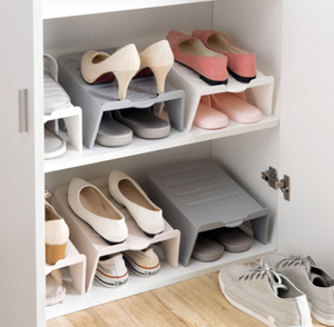 Two-story shoe rack