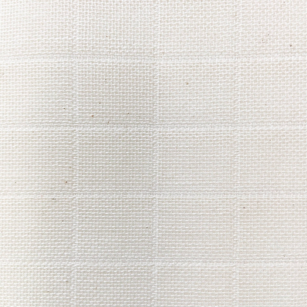 Close up of the muslin cloth weave