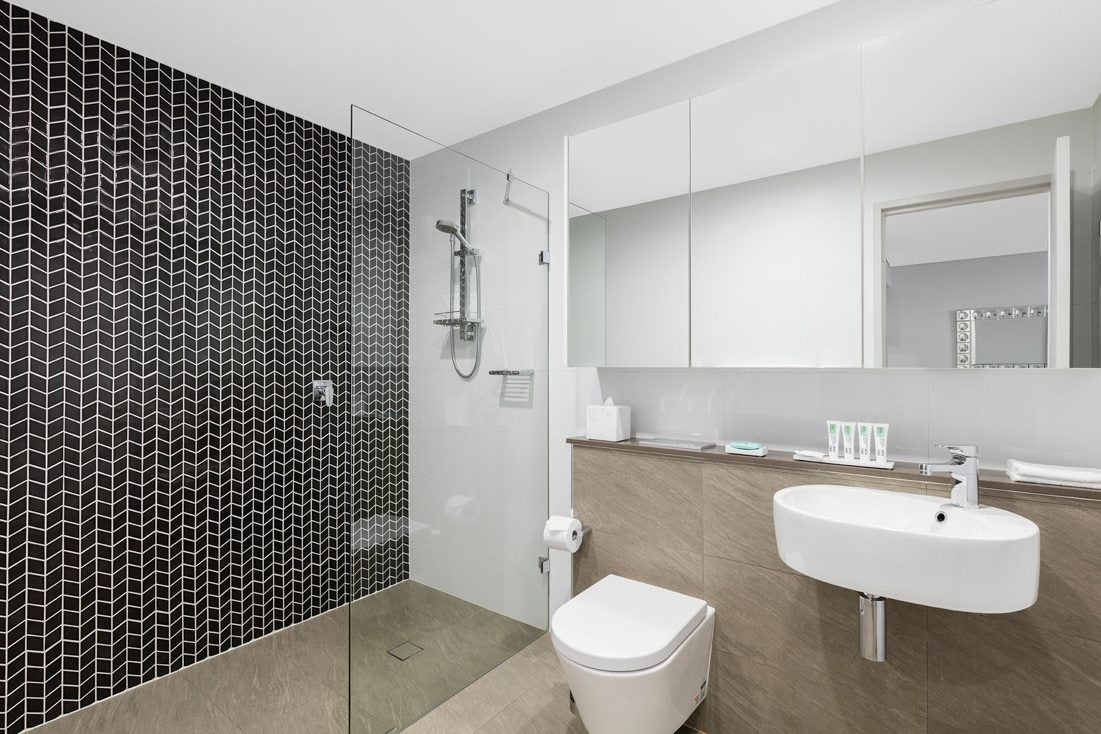 One Bedroom Studio Package - Meriton Bondi Junction - Pure You