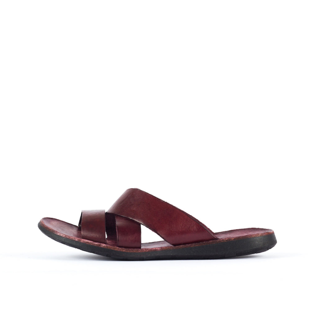 BRADOR Lizzy Wine Sandals
