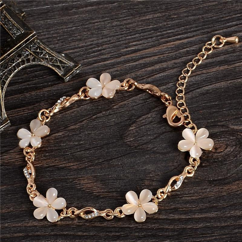 Fashionable Banquet Opal Flower Chain Bracelet
