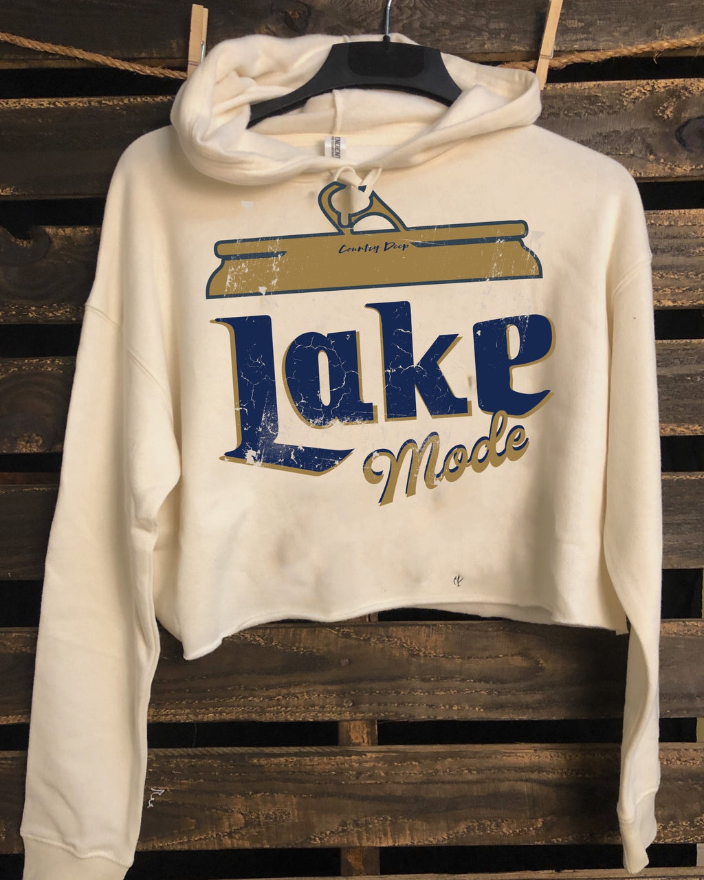 Lake Mode Cropped Hooded Sweatshirt