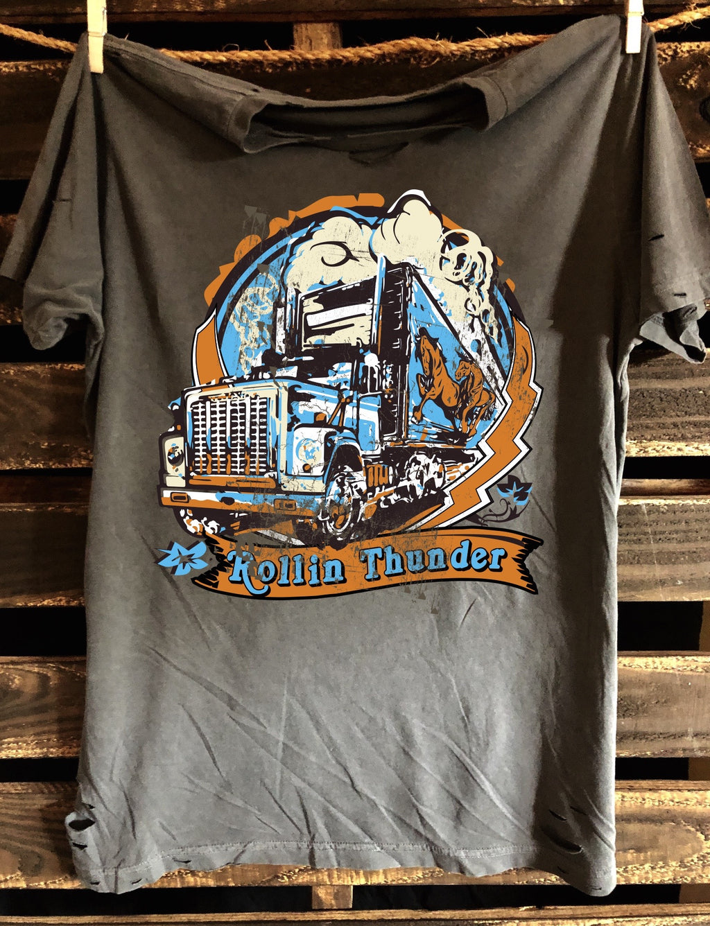 Rollin Thunder 1970's Distressed unisex T-Shirt