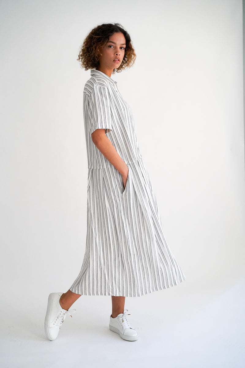 DEA WHITE BLUE STRIPE DRESS