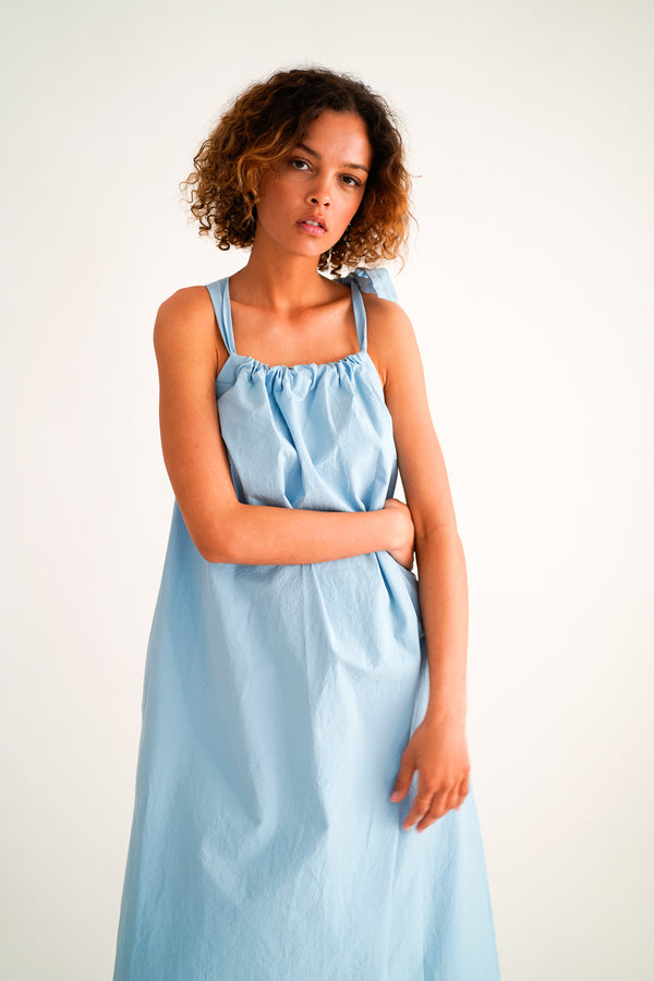 DACIA LIGHT BLUE APRON DRESS