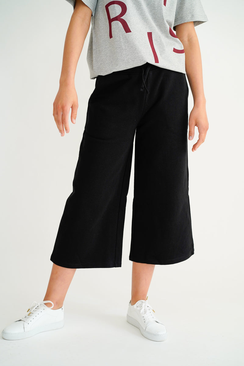 PATRICE BLACK CROPPED SWEAT PANTS