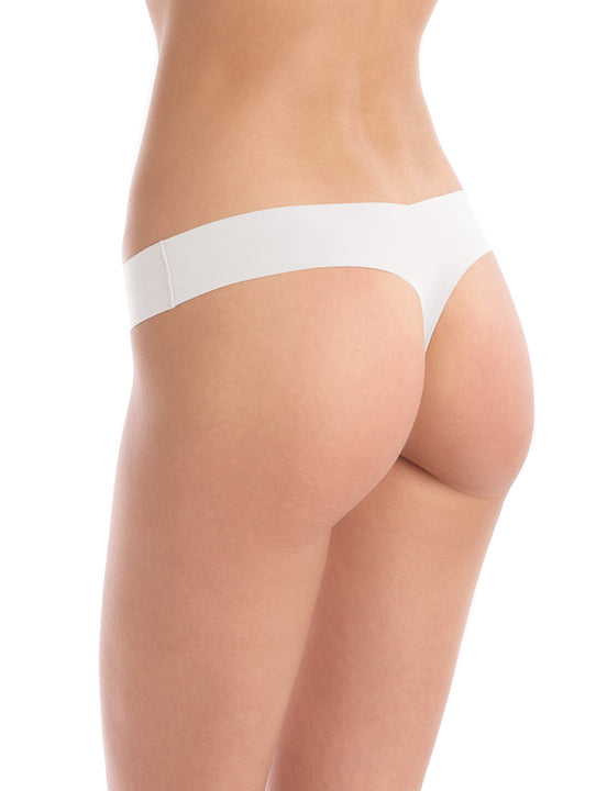 Seamless raw-cut thong in White