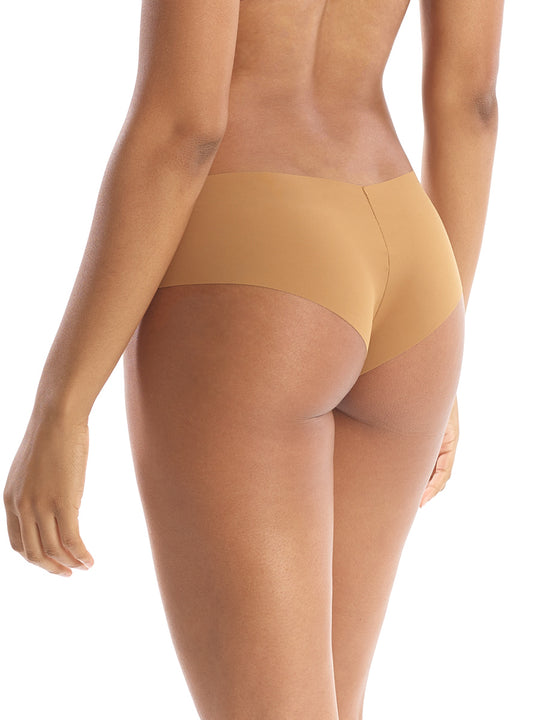 Seamless girl short in Caramel