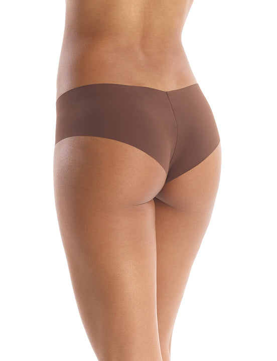 Seamless girl short in Mocha