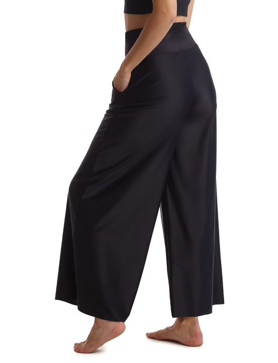 Smooth Satin Wideleg pant in black