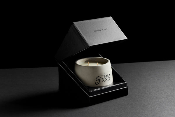 Fyrian candle packaging