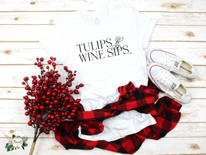 """Tulips & Wine Sips"" T-Shirt Blk"