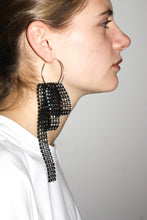Load image into Gallery viewer, Glitzy Earring #4 / Black