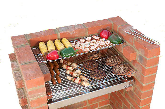 100% STAINLESS STEEL BBQ KIT BKB506 Bag, Caddy 67x39cm (3 brick)